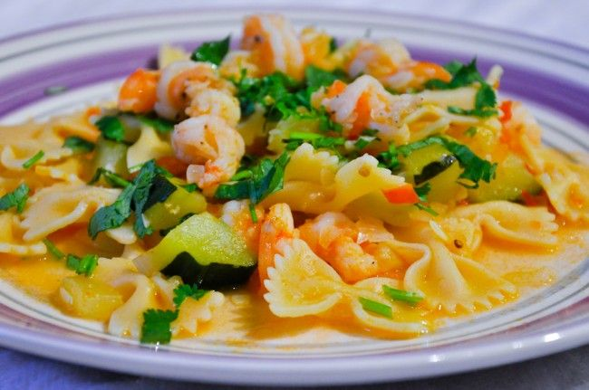 ... +Balanced+Meals Shrimp & Zucchini with Bowties in Light Tomato Sauce