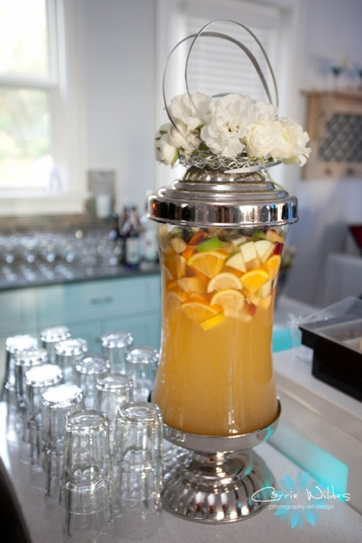 Sparkling White Sangria with champagne, fresh citrus fruit, apples and ...