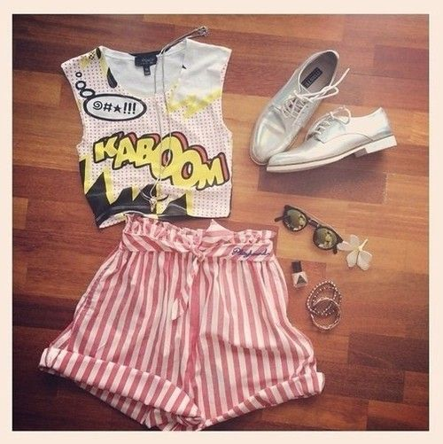 Comic print tee and stiped shorts