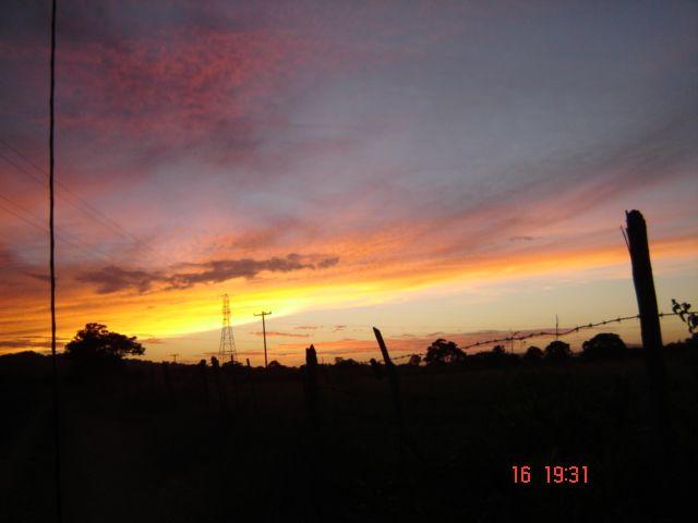 Atardecer en el campo -, Rivas