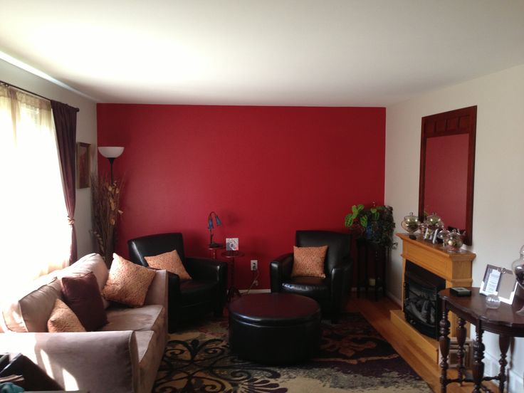 Family room idea Red accent wall new house ideas