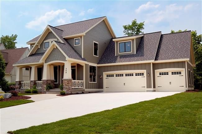 Craftsman style house i don 39 t like the dormer above the for Garage seguin 87