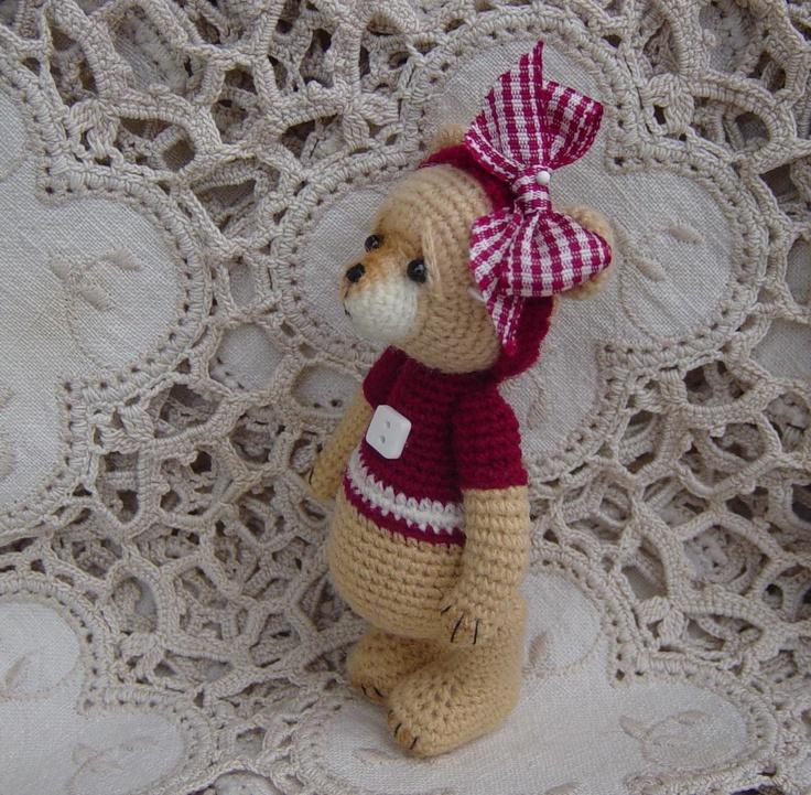 Free Crochet Pattern For Mini Teddy Bear : Artist Bear Thread crochet OOAK Miniature Mini Teddy
