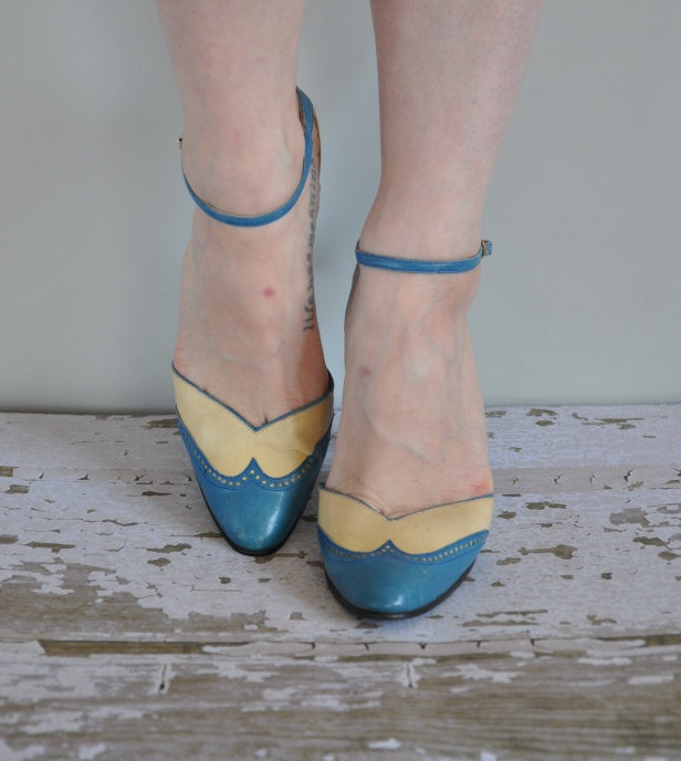 vintage 1950s/ 60s heels/ 50s/60s blue heel/ Blue Without You