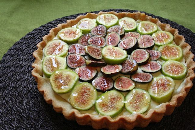 ... : Honey Glazed Fig & Mascarpone Tart... Great fig recipe and filling