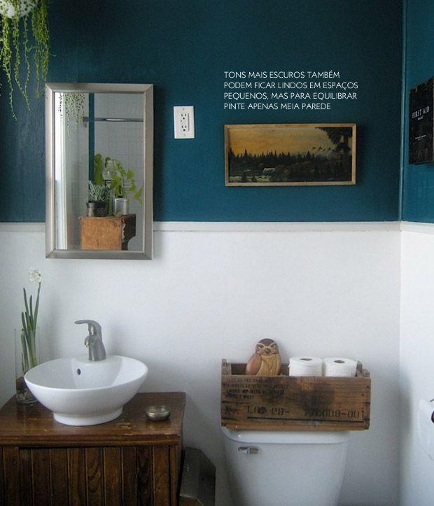 Todo charme de um banheiro colorido. Veja mais: http://www.casadevalentina.com.br/blog/materia/banheiros-coloridos.html  #banheiro #bathroom #cor #color #modern #creative #criativo #decoracao #decor #interior #design #blue #azul #casadevalentina