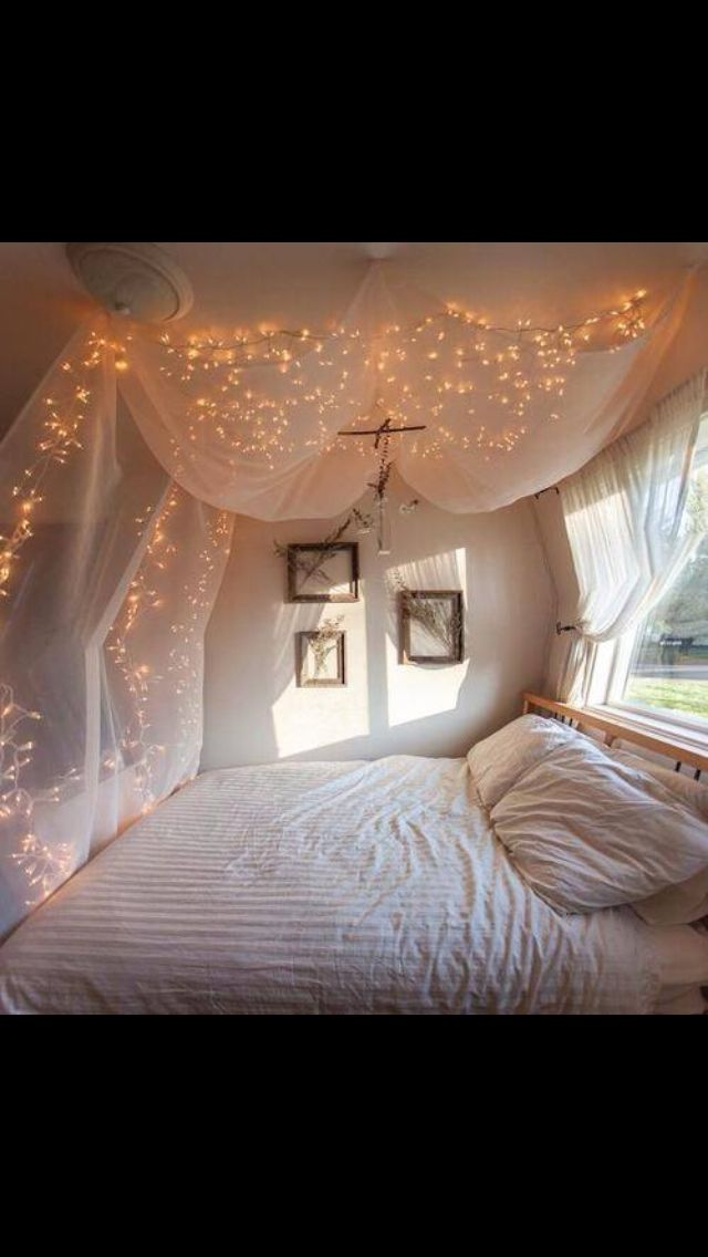 Bedroom fairy lights pretty teen room diy decor pinterest for Wohnungsideen