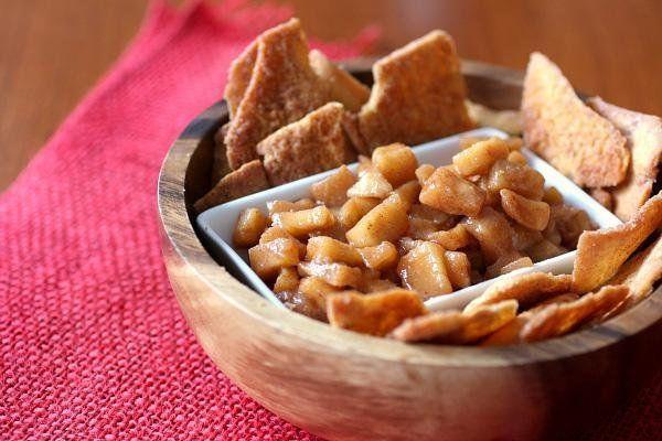 Apple Pie Salsa and cinnamon chips | Dessert ideas | Pinterest