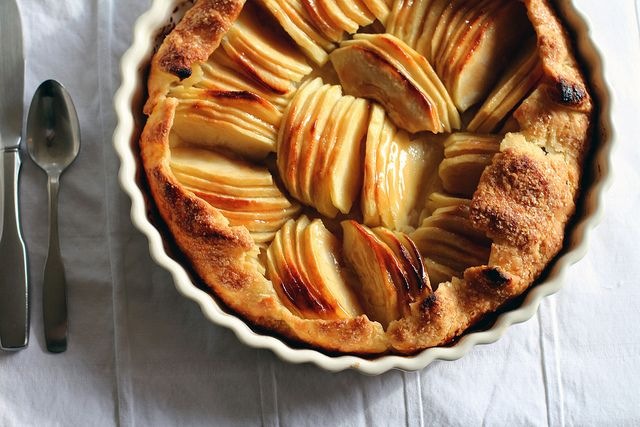 ... apple tart apple praline tart apple treacle tart simple apple tart