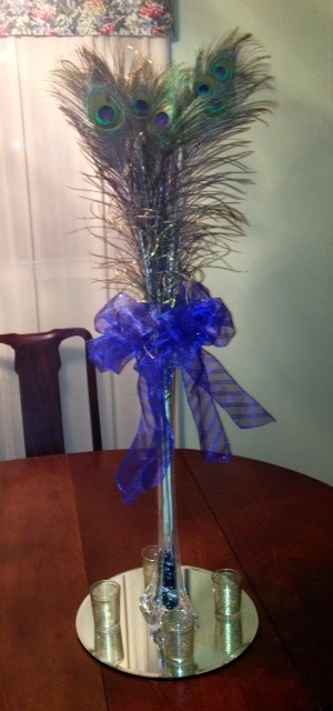 Peacock feather centerpieces cake ideas and designs