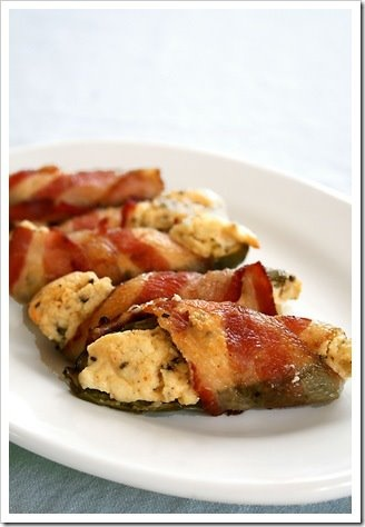 Bacon-Wrapped Chicken, Cheddar, And Jalapeno Parcels With Fingerling ...