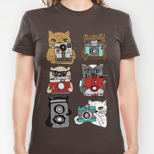 Cats Love Cameras T-shirt - someone please buy me this!