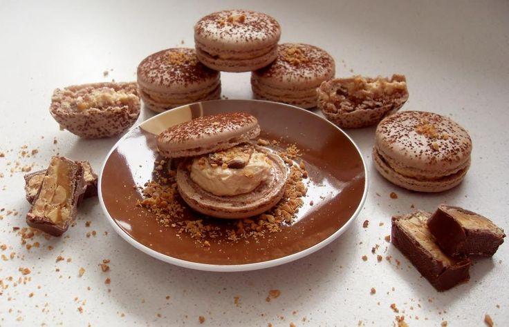 snicker macarons | Bakery | Pinterest