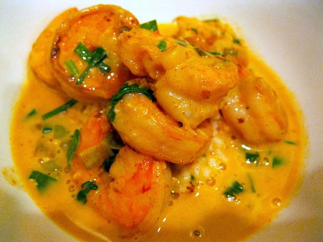 Red Thai Curry Shrimp (I swore never to make curry again, but I don't ...