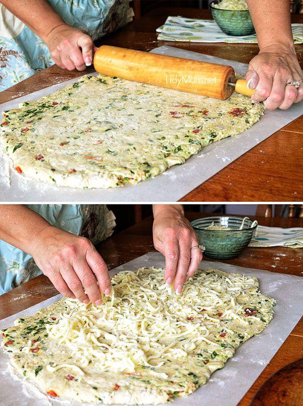 Cheese stuffed Chicken & Spinach Pizza Bread   Recipe