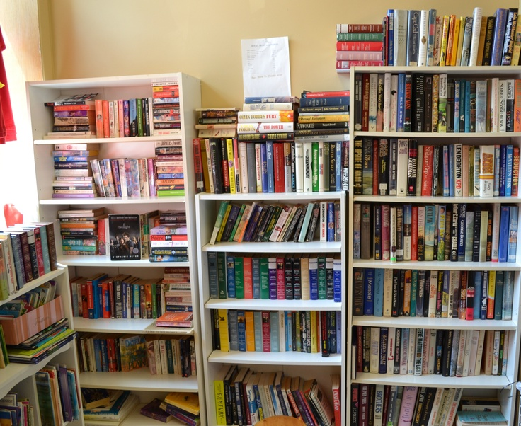 Jewel's Clothing Store in Smiths Falls also carries books! All books