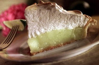 Key Lime Pie with meringue | All things sweet | Pinterest