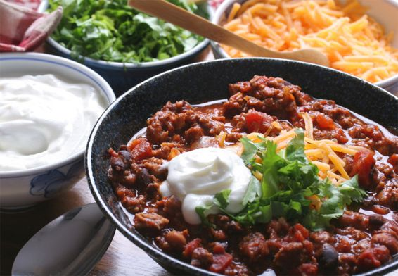 Slow Cooker Vegan Spicy Pinto Bean Chili With Corn And Kale Recipe ...