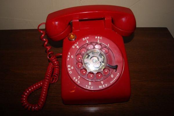 Retro/Vintage Cherry Red Rotary Phone w/Blinking Light