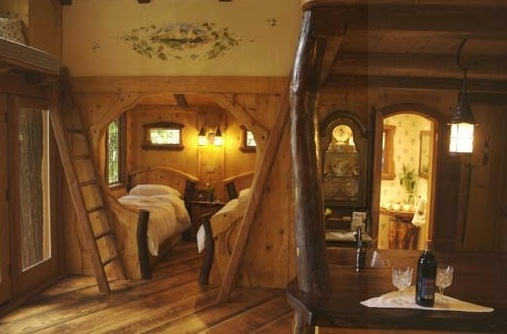 Treehouse interior treehouses and earthships things i would like - Treehouse masters interior ...