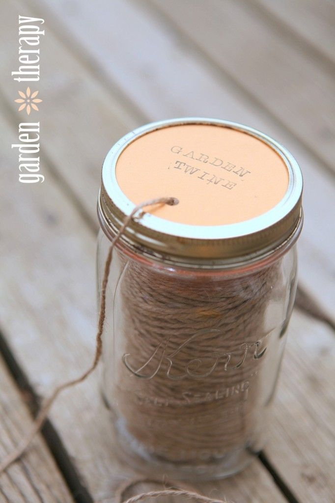 How to Make a Mason Jar Garden Twine Dispenser (I'm such a dumb bunny for not having this done already)