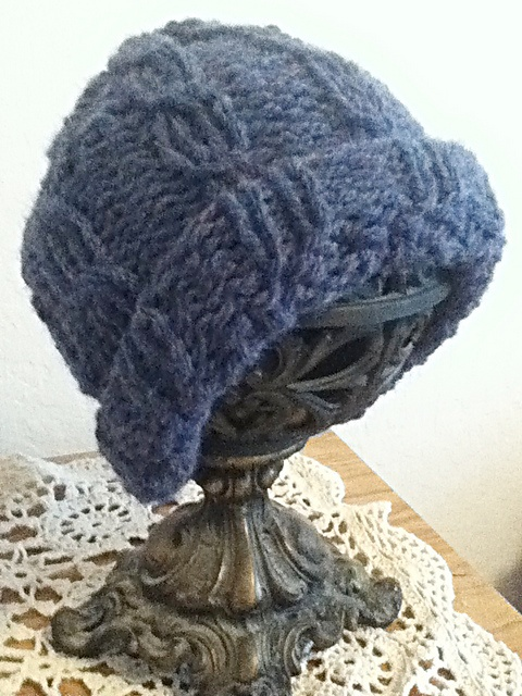 Loom Knit Cable Stitch Hat : Pin by Emily Nichols on Things Id like to make Pinterest
