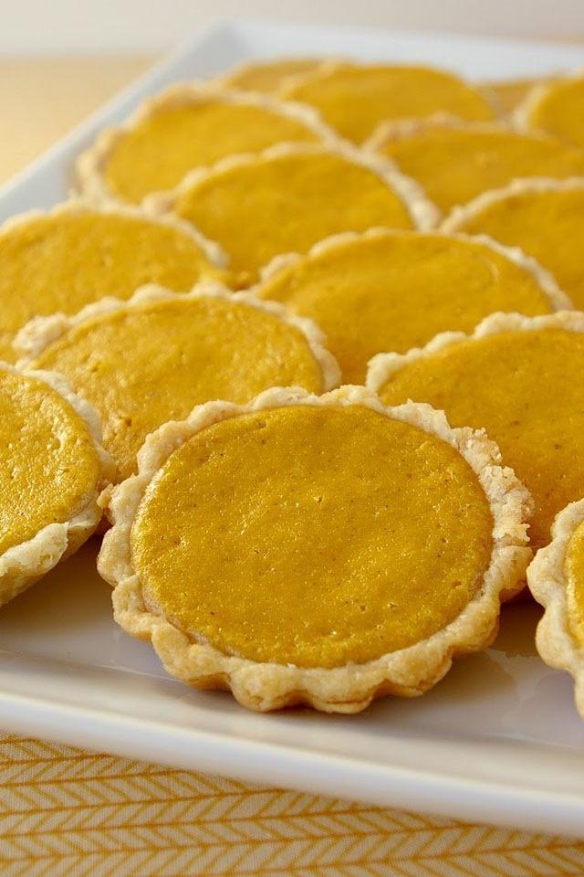 mini pumpkin pies | Cooking Makes Me Happy :) | Pinterest