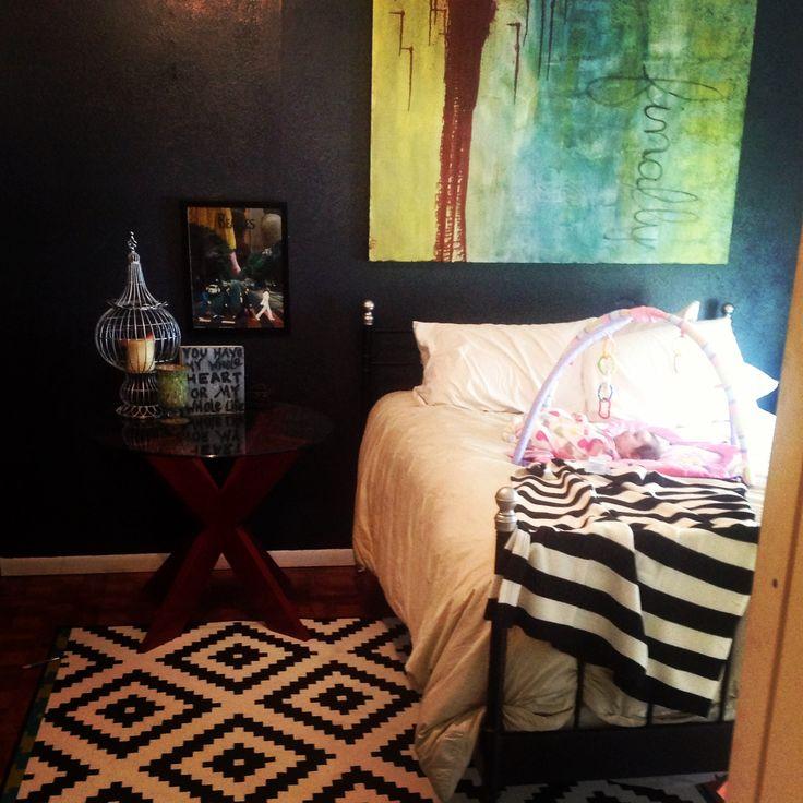 Ikea Pax Schrank Weiss Hochglanz ~ Eclectic bedroom black and white bedroom ikea lappljung Ruta rug oil