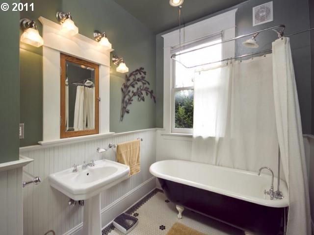 Craftsman bathroom bathroom pinterest for Craftsman bathroom pictures