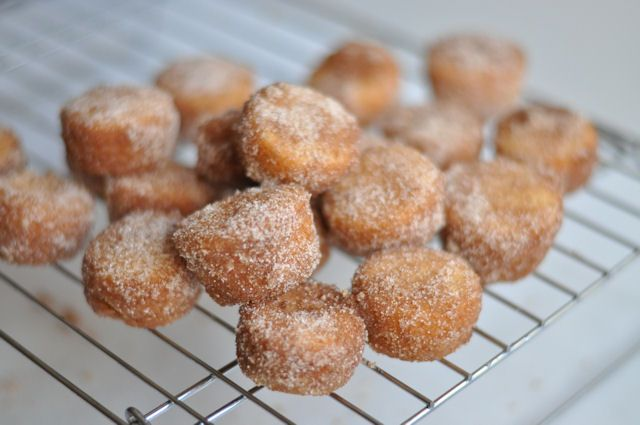 Cinnamon-Sugar Doughnut Muffins | yummy!! | Pinterest