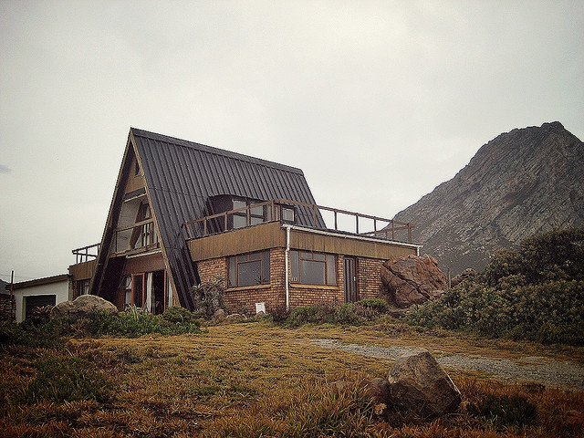 A frame house in rooi els home sweet home pinterest for A frame house
