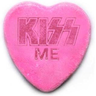 valentine kiss english lyrics