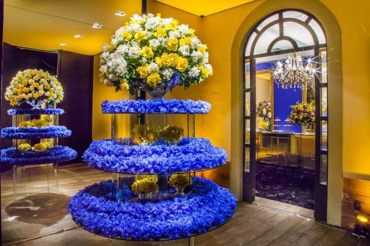 decoracao para casamento em azul e amarelo:Amarelo e azul
