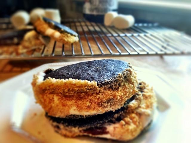 double chocolate s'mores. dooo it! | Foodie Lovee | Pinterest
