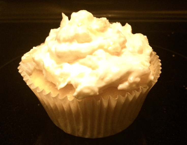 ... site- http://www.skinnytaste.com/2011/04/pineapple-bliss-cupcakes.html