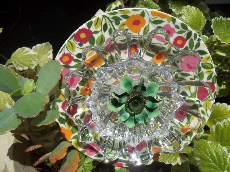 Recycled garden yard art glass flower claudia - Recycled glass garden art ...