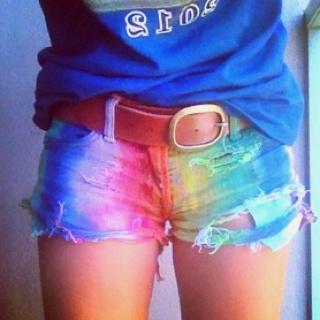 tye dye shortts <3
