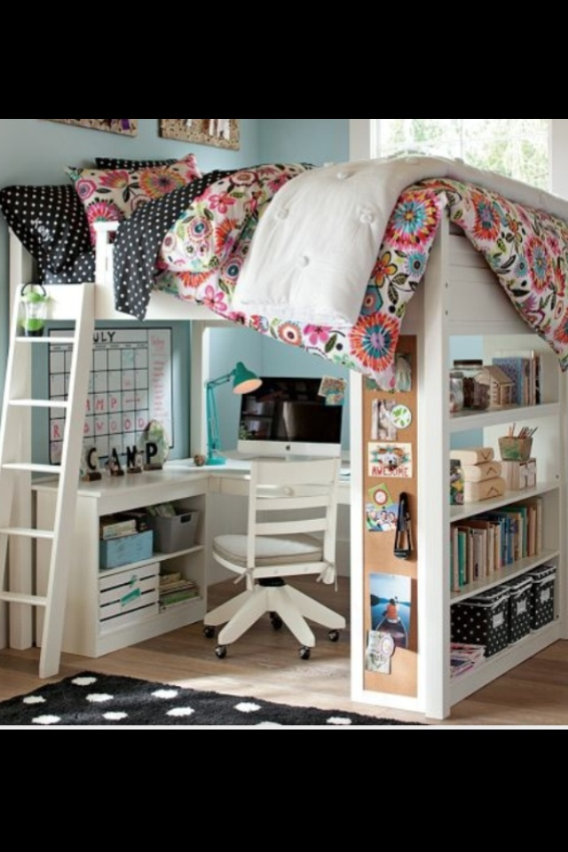 Cute girl bedroom idea