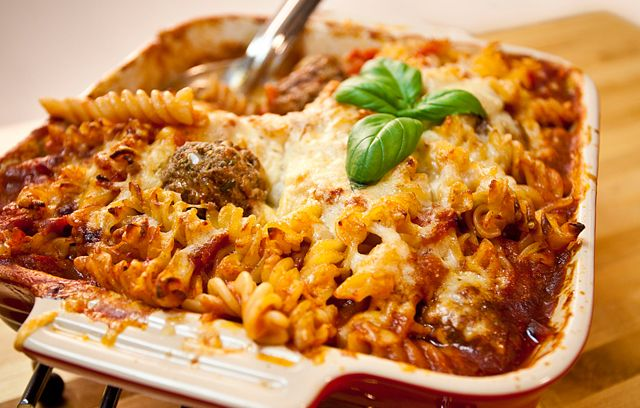 Baked pasta casserole recipe dishmaps for Baked pasta with meatballs and spinach