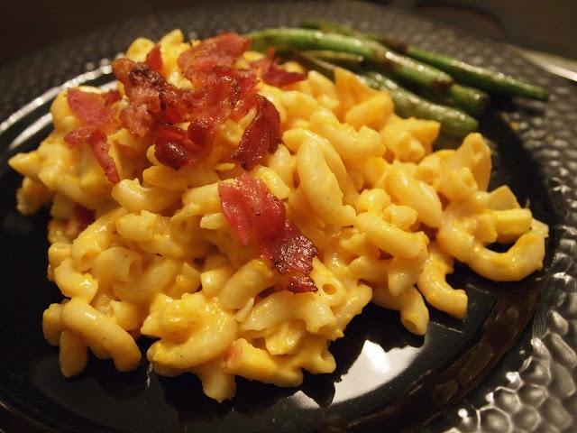 Stuff We Ate: Butternut Squash, Caramelized Onion, Apple and Bacon Mac ...