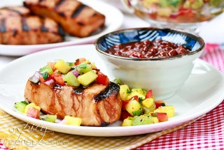 Spicy Firecracker Pork Chops with Fresh Pineapple, Kiwi and Red Pepper ...