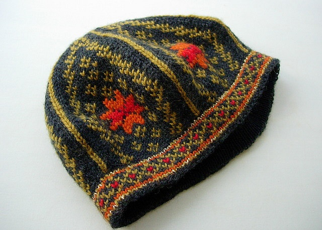 Knitting Pattern For Norwegian Hat : Pin by Hare Lair on Yarn Pinterest