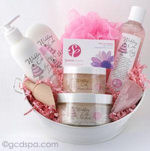 custom gift set | Bridal Shower Ideas | Pinterest: pinterest.com/pin/75927943692044348