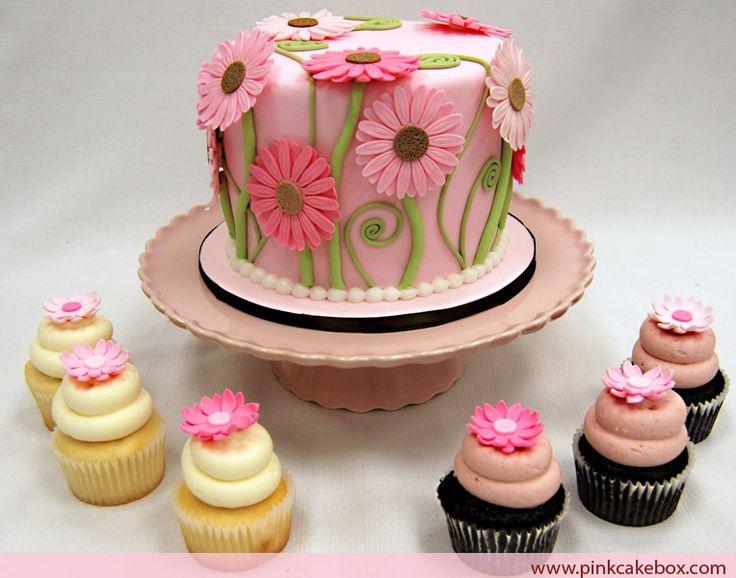 Pink Daisy Cake Decoration : Pink daisy cake with cupcakes Cricut Cake Ideas Pinterest