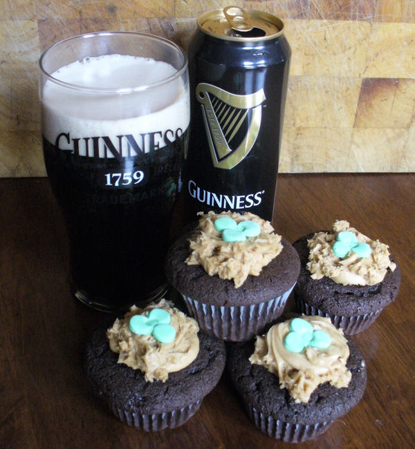 Guinness Cupcakes | Yummy foods to try | Pinterest