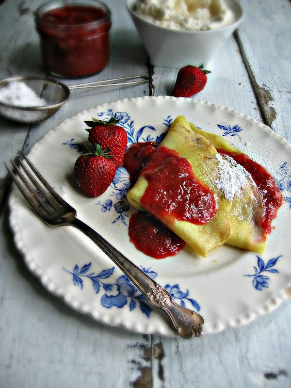 Strawberry And Mascarpone Crepes With Strawberry Syrup Recipes ...