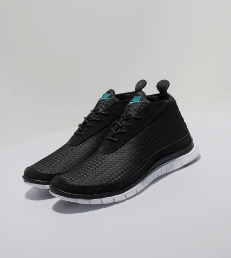 Nike Free Chukka Woven - Mens