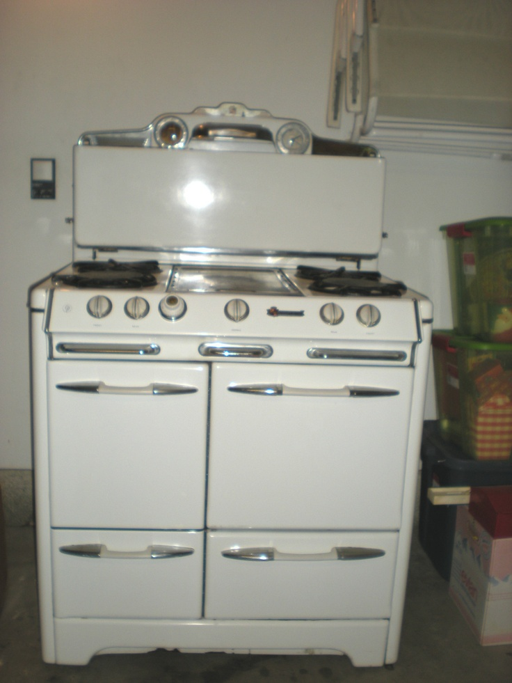 1950s O Keefe And Merritt Stove Range Model 425