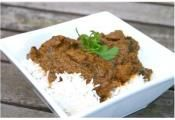 LAMB & SPINACH CURRY: Spinach is a great addition to this spicy lamb ...