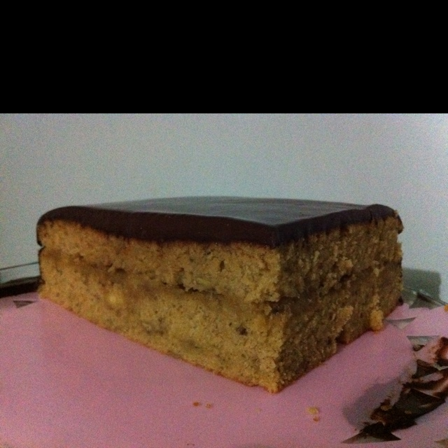 cake sandwiched with caramelised banana and topped with chocolate ...